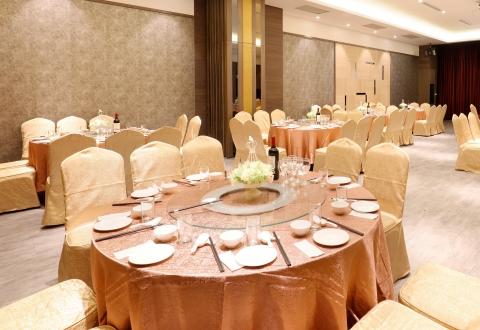 蘭花廳(4桌-16桌)